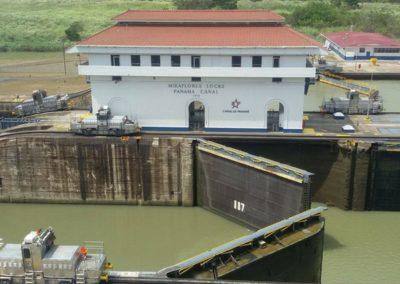 Schleuse_Panamakanal_GonjoyErlebnsireisen