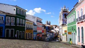 Bunte Häuser_el_Salvador_brasilien_reise