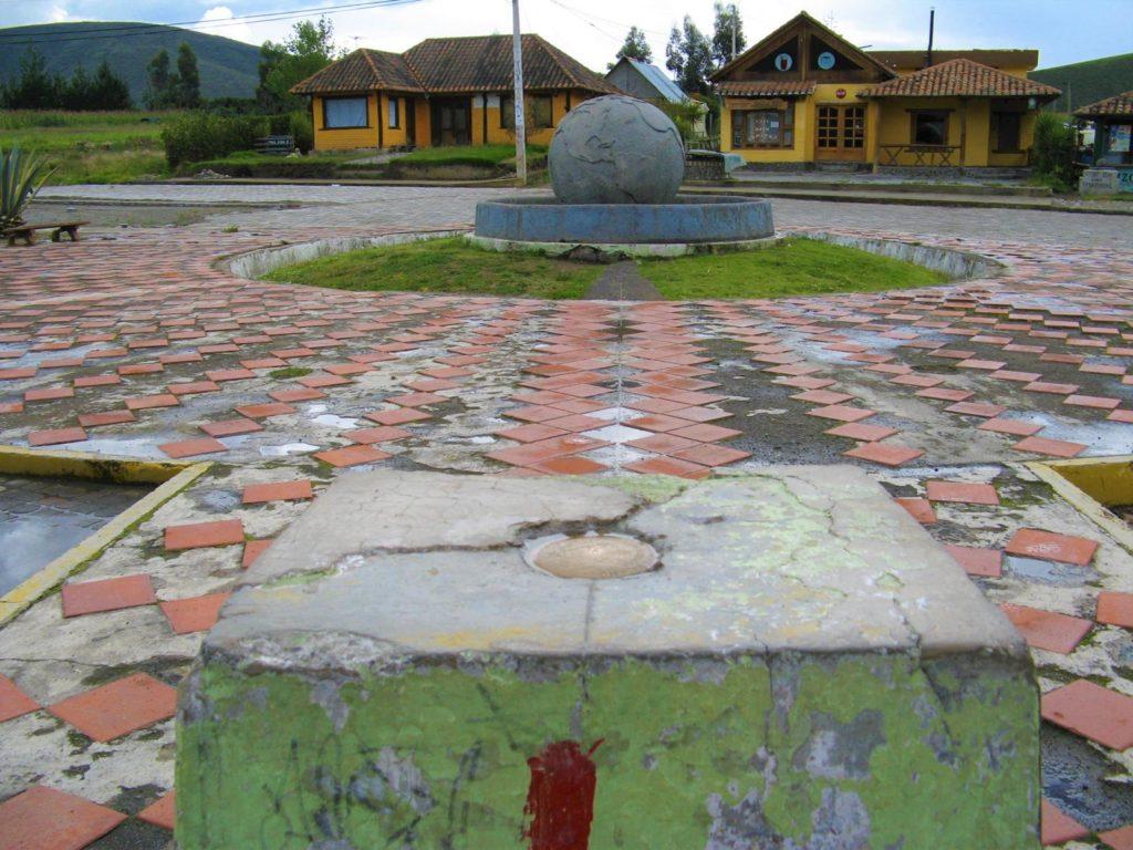 Äquatorpunkt Ecuador Reise