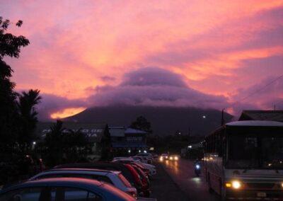 Sonnenuntergang La Fortuna Familienreise Costa Rica