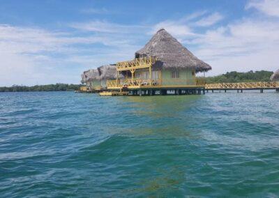 Wasserhütten Familienreise Panama
